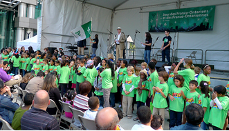 group of kids in French immersion performing